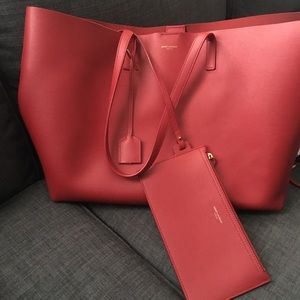 Saint Laurent Tote in Red Leather